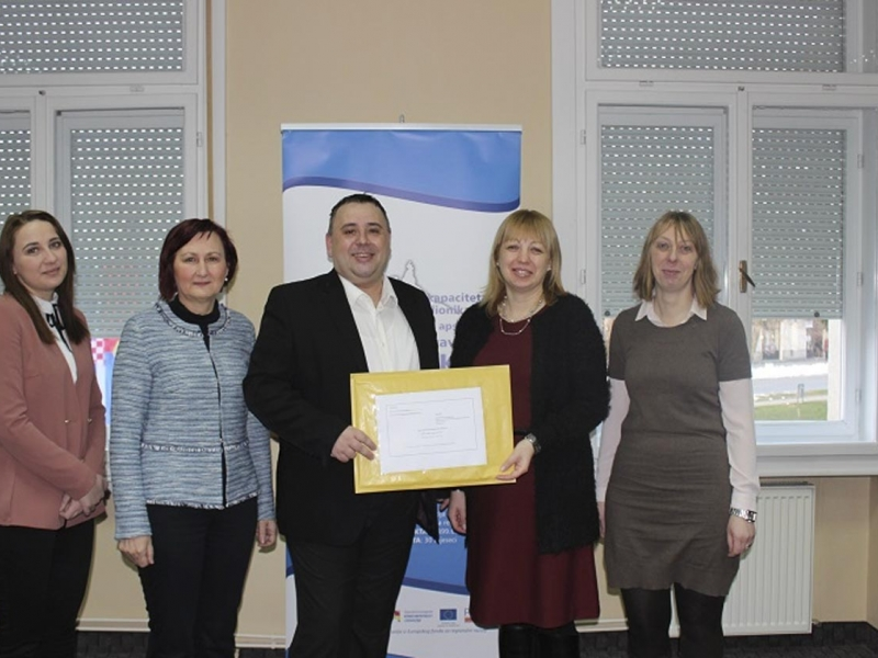 Kompletirana je projektna prijava na otvoreni natječaj Zaželi – Program zapošljavanja žena