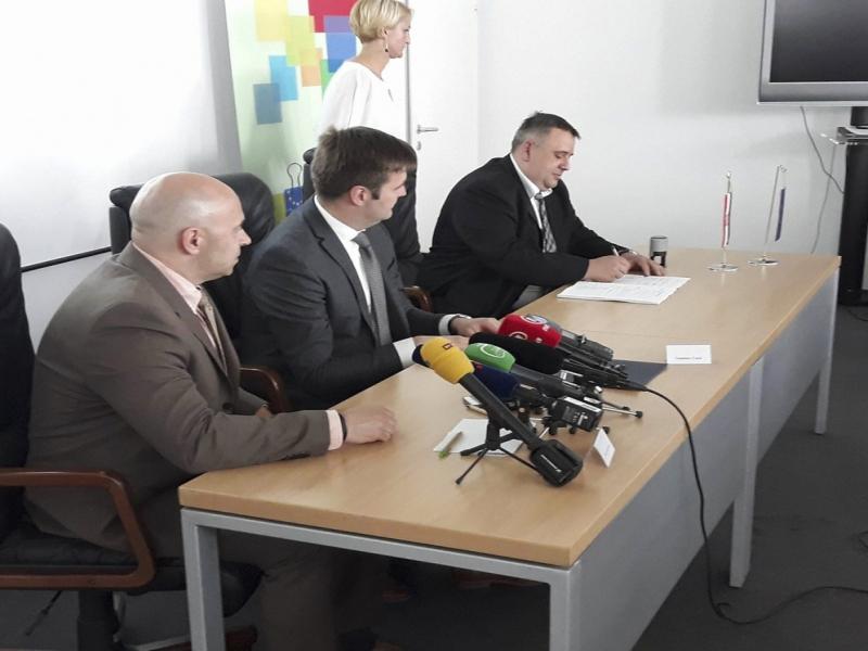 Potpisan ugovor za zajednički projekt Grada Đurđevca i 7 općina o važnosti održivog gospodarenja otpadom